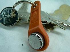 Picture of the akbil attached to a keychain