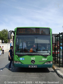 Picture of a municipality (IETT) bus in Istanbul, Turkey.