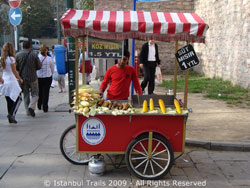 Photo of a street seller in Istanbul selling corn.